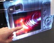 M2i, pantalla virtual táctil