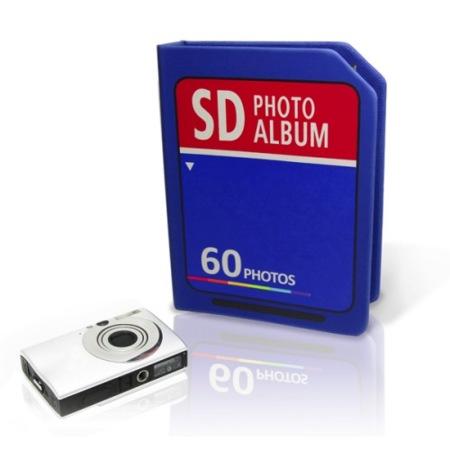 Tus fotos en un álbum con forma de tarjeta flash