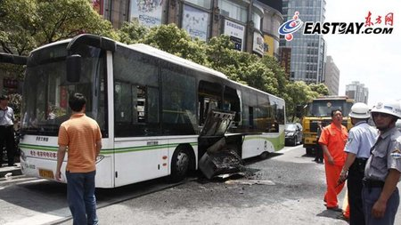 Incendio-Bus-Shanghai-2