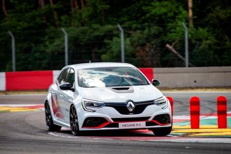 Renault Megane R S Trophy R 2019 001