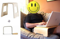 Mini escritorio para el portátil