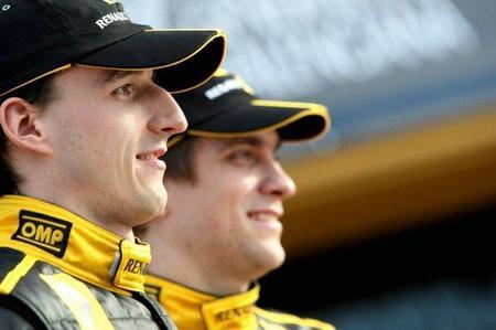 Vitaly Petrov confirmado dos años con Lotus Renault GP