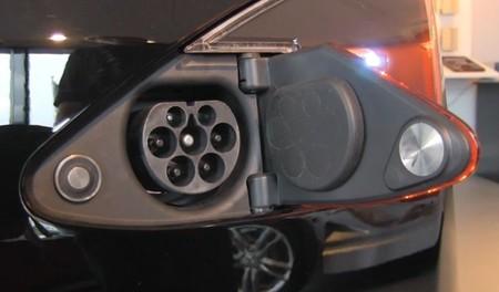 Puerto de recarga compatible con Mennekes Tipo 2 del Tesla Model S para Europa