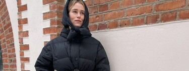 Las rebajas están para arriesgarse: 17 bolsos de piel a todo color para romper un total look black en pleno invierno
