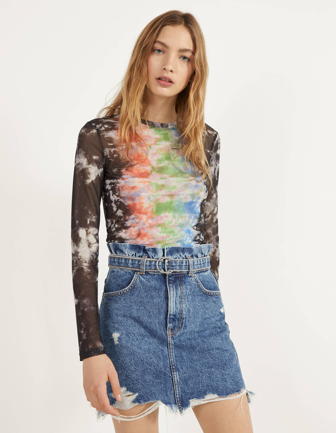 Camiseta tie-dye de tul