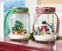 Hazlo tú mismo: adornos de Navidad en tarros reciclados