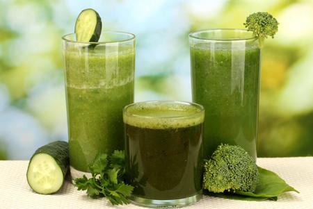 ¿Qué tanto sirven los jugos y licuado verdes? Aquí te damos algunas pistas