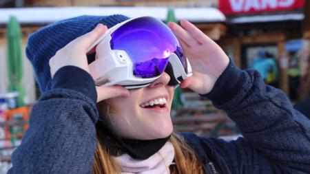 Con estas gafas de esquí tus descensos pueden multiplicarse en diversión