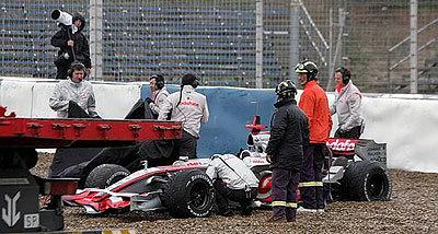 La lluvia y Hamilton, protagonistas en Jerez