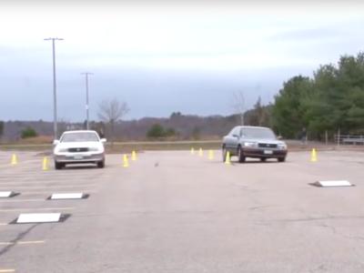 La suspensión Bose era tan innovadora que permitía al coche saltar por encima de un obstáculo