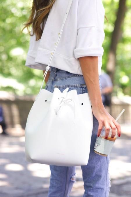 Una sudadera blanca que te acompañe todos los días de otoño. Flechazos de shopping