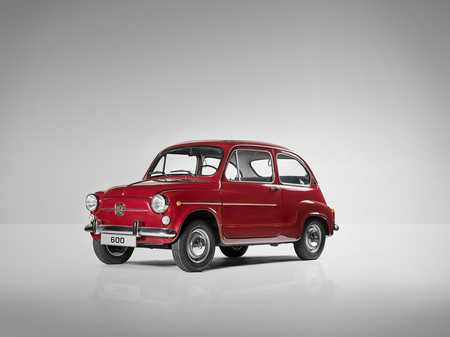 SEAT 600 frontal lateral