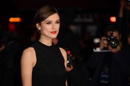 Keira Knightley saca su lado femme fatale en la premiere Jack Ryan: Shadow Recruit en Londres