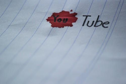 Los jefes de Youtube ignoraron a sus empleados para dejar de recomendar vídeos perturbadores según un brutal informe de Bloomberg