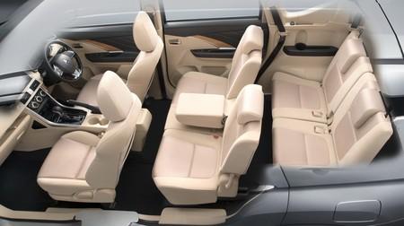 Mitsubishi Xpander 235