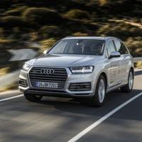 SUV, híbrido, enchufable, diésel y 4x4. Probamos el Audi Q7 e-tron