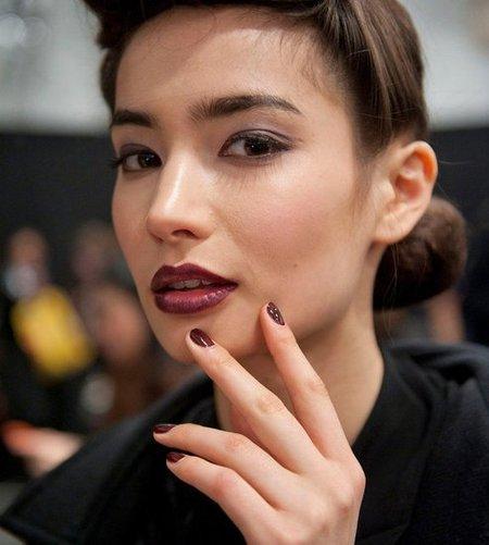Cinco tendencias en uñas que hemos visto sobre las pasarelas