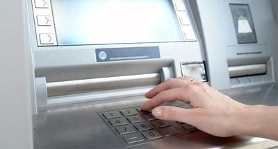 Adolescentes hackean cajero automático al escribir la contraseña predeterminada del sistema