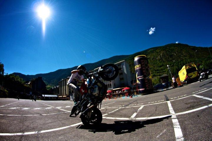 Foto de Éxito del primer campeonato de Freestyle Stunt Riding Encamp 2011 (17/18)