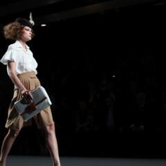 Foto 33 de 126 de la galería alma-aguilar-en-la-cibeles-madrid-fashion-week-otono-invierno-20112012 en Trendencias