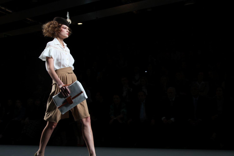 Foto de Alma Aguilar en la Cibeles Madrid Fashion Week Otoño-Invierno 2011/2012 (33/126)