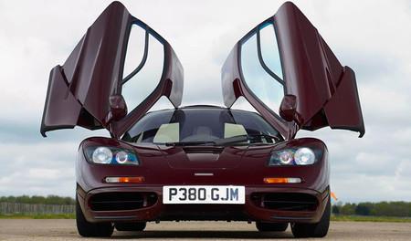 Rowan Atkinson vende su McLaren F1 por ¡8 millones de libras!