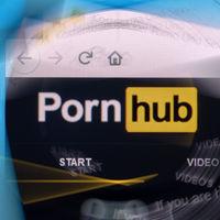 Un sordo demanda a Pornhub porque no entiende qué ocurre en los vídeos