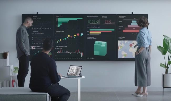 De repente trabajar en una oficina es hasta alucinante cuando lo haces con las nuevas Surface Hub 2