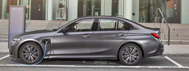 BMW 330e 2019: El híbrido enchufable que ahora ofrece más potencia y más autonomía