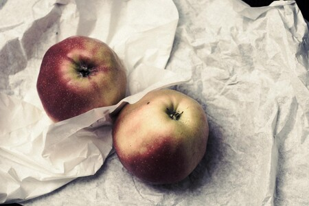 Manzanas con Papel