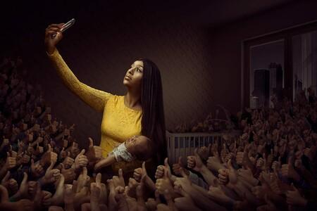 Esta serie de imágenes conceptuales de Andreas Varro denuncian cómo las redes sociales están arruinando nuestras vidas