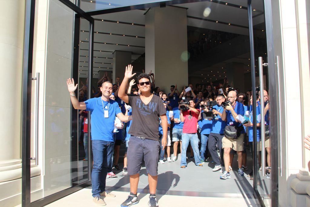 Foto de Inauguración de la Apple Store del paseo de Gracia (14/27)