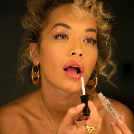 El ahumado 'extremo' de Rita Ora que ahora quiero copiar