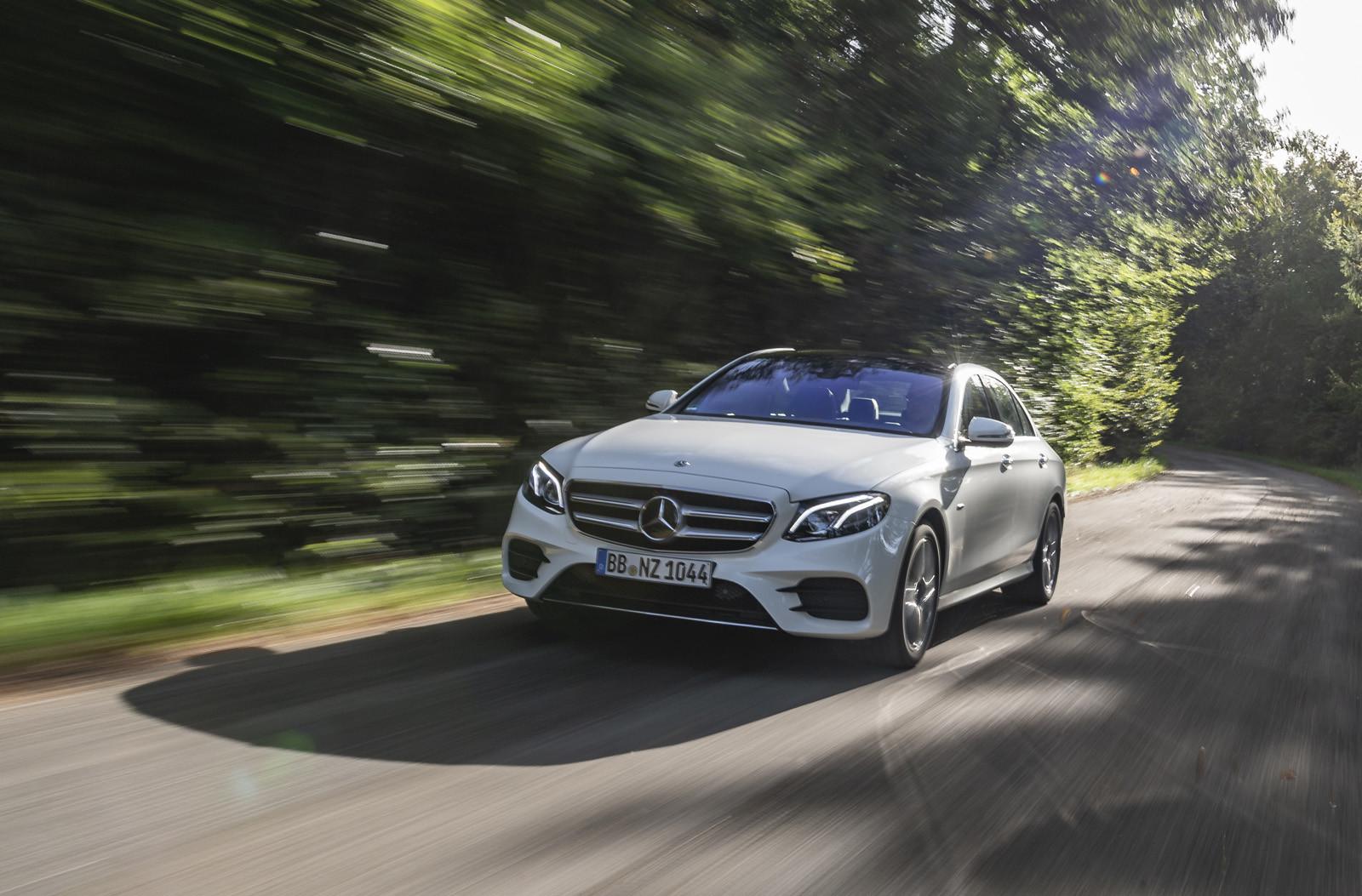 Foto de Mercedes-Benz E 300 de (presentación) (19/47)