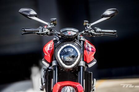 Ducati Monster 2021 019