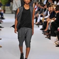 Foto 9 de 12 de la galería dior-homme-primavera-verano-2010-en-la-semana-de-la-moda-de-paris en Trendencias Hombre