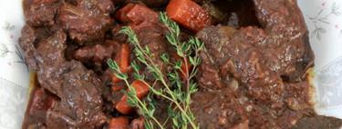 Liebre en salsa de vino: receta de cazador