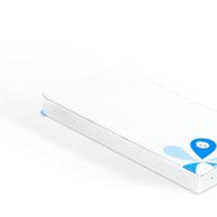 Ocean es un servidor del tamaño de un móvil, inalámbrico y que sirve como batería portátil
