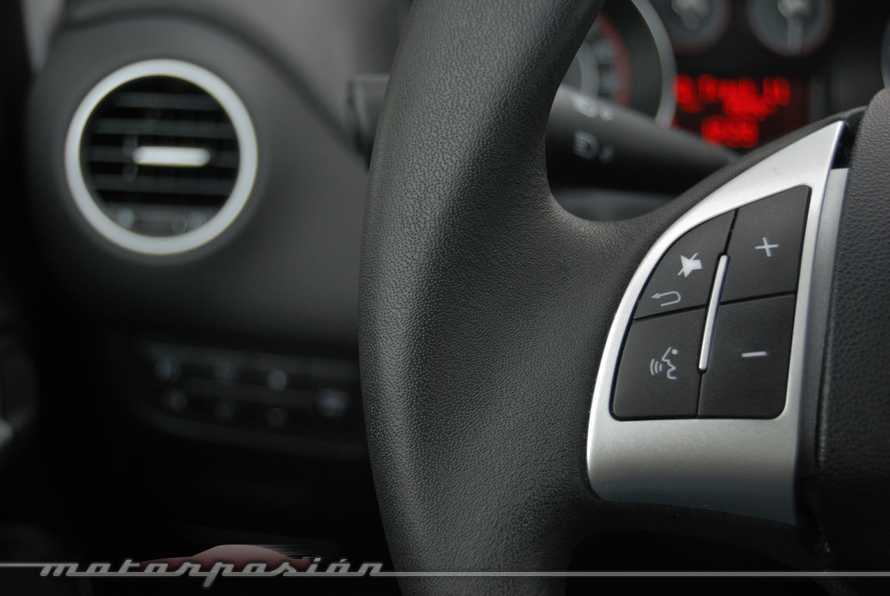 Foto de Fiat Punto 1.4 GLP (prueba) (54/70)