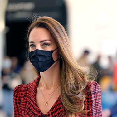 Kate Middleton nos da una lección de estilo con un estupendo vestido de primavera