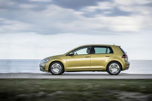 Así funciona el sistema de rueda libre del Volkswagen Golf BlueMotion, apagando el motor a 130 km/h