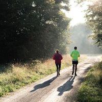 El ejercicio ayuda a reducir síntomas de trastornos psiquiátricos, pero no reemplaza la medicación