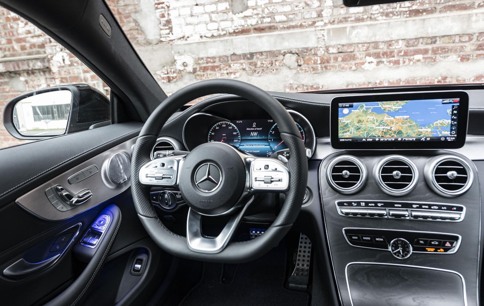 Foto de Mercedes-Benz Clase C 2018, toma de contacto (26/255)