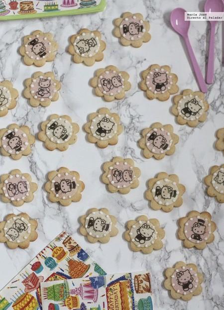 Galletas decoradas con obleas. Receta para un cumpleaños infantil