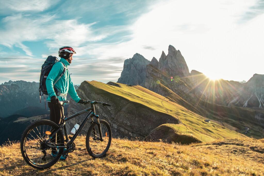 Guía de compra de navegadores GPS para bicicleta: en qué tienes que fijarte y opciones de Garmin, Wahoo y más