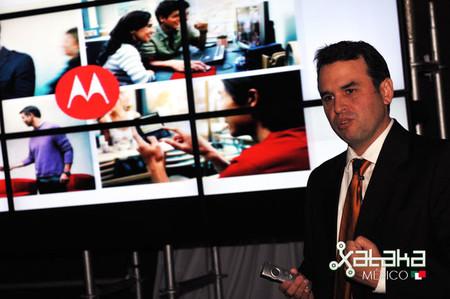 ¿En dónde se encuentra Motorola y hacia dónde va? Entrevista con Alex Zawadzky, director comercial de Motorola Mobility México
