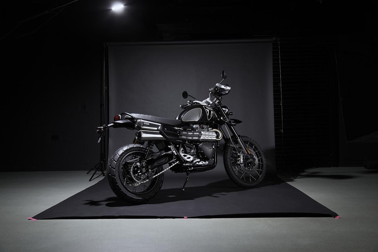 Foto de Triumph Scrambler 1200 Bond Edition 2020 (6/11)