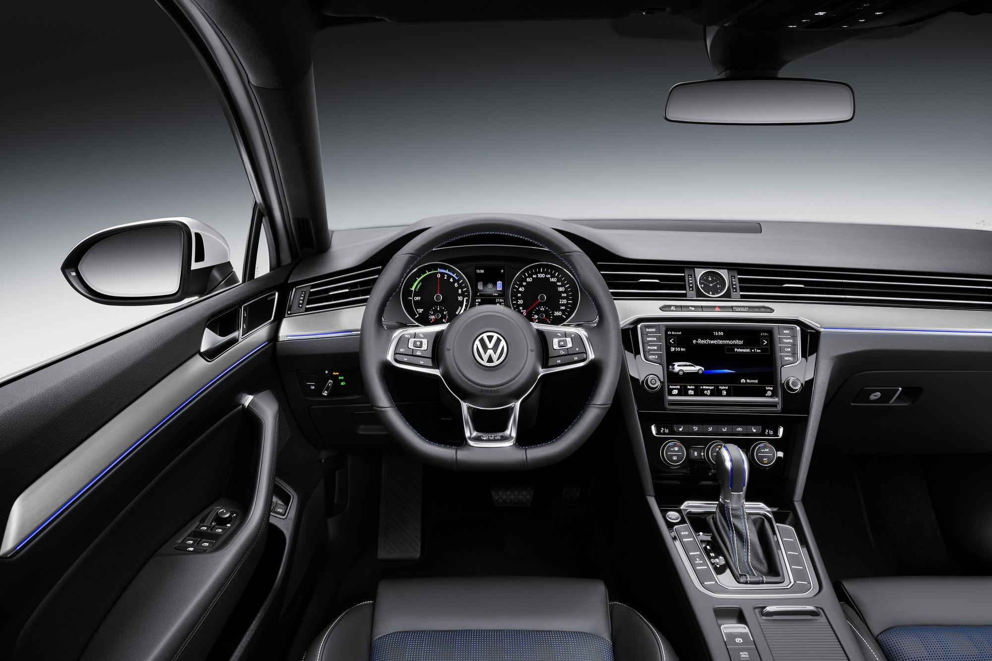 Foto de Volkswagen Passat GTE (3/9)