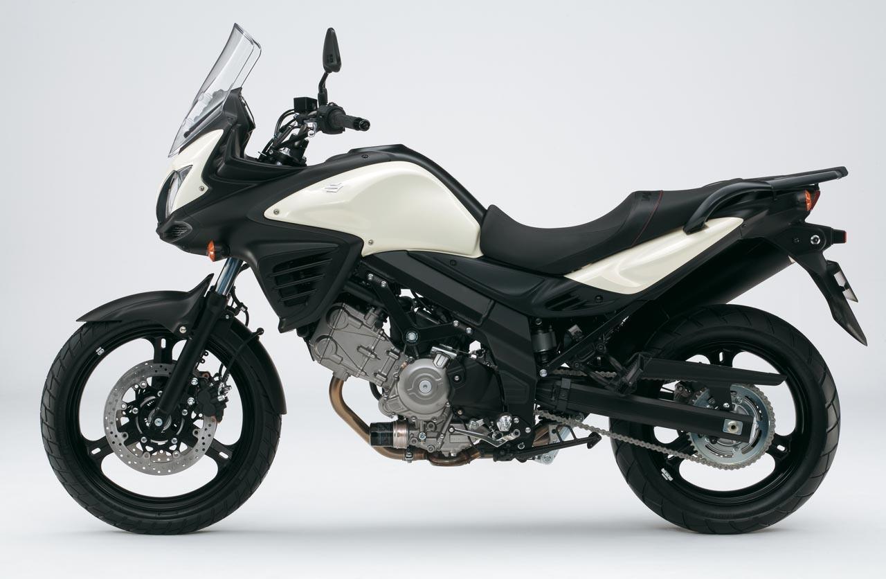 Foto de Suzuki V-Strom 650 2012, fotos de detalles y estudio (7/50)
