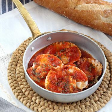 Zamburiñas picantitas con salsa de tomate y jengibre, receta de aperitivo